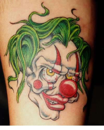 Clown mit Hörnern Tattoo